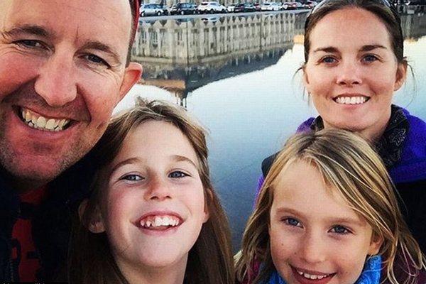 英教师夫妇带女儿环游欧洲 16个月游历27个国家