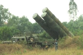 越南军队晒S300防空导弹系统