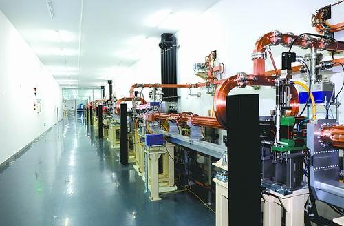 中国大科学装置发出世界最强极紫外光