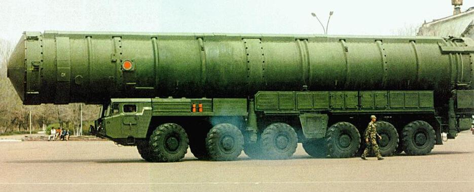 """社评:""""东风-41""""被传列装,中国将获更多尊重"""