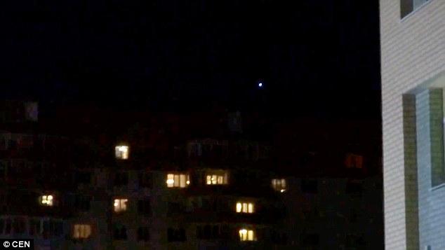 俄罗斯西部上空疑似出现UFO