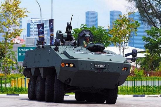 新加坡被扣装甲车终于要回家 李显龙回函致谢