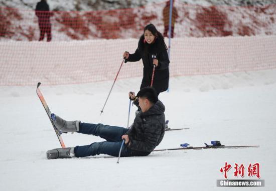 滑雪受伤者九成为新手 伤亡者多为80后、90后