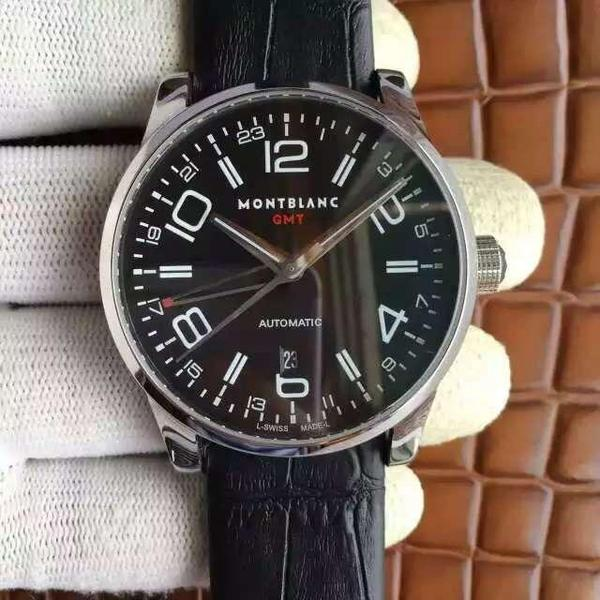 简单腕表让男人拥有不一样的品味