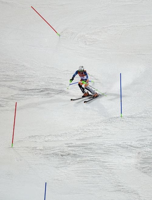 高山滑雪世界杯赛挪威选手夺得男子回转冠军