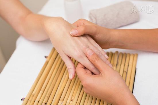 指甲表面有竖线三个原因 - wanggao339 - wanggao339 的博客