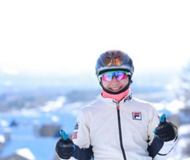 胡歌为世界冠军送祝福 自曝滑雪受伤皮开肉绽