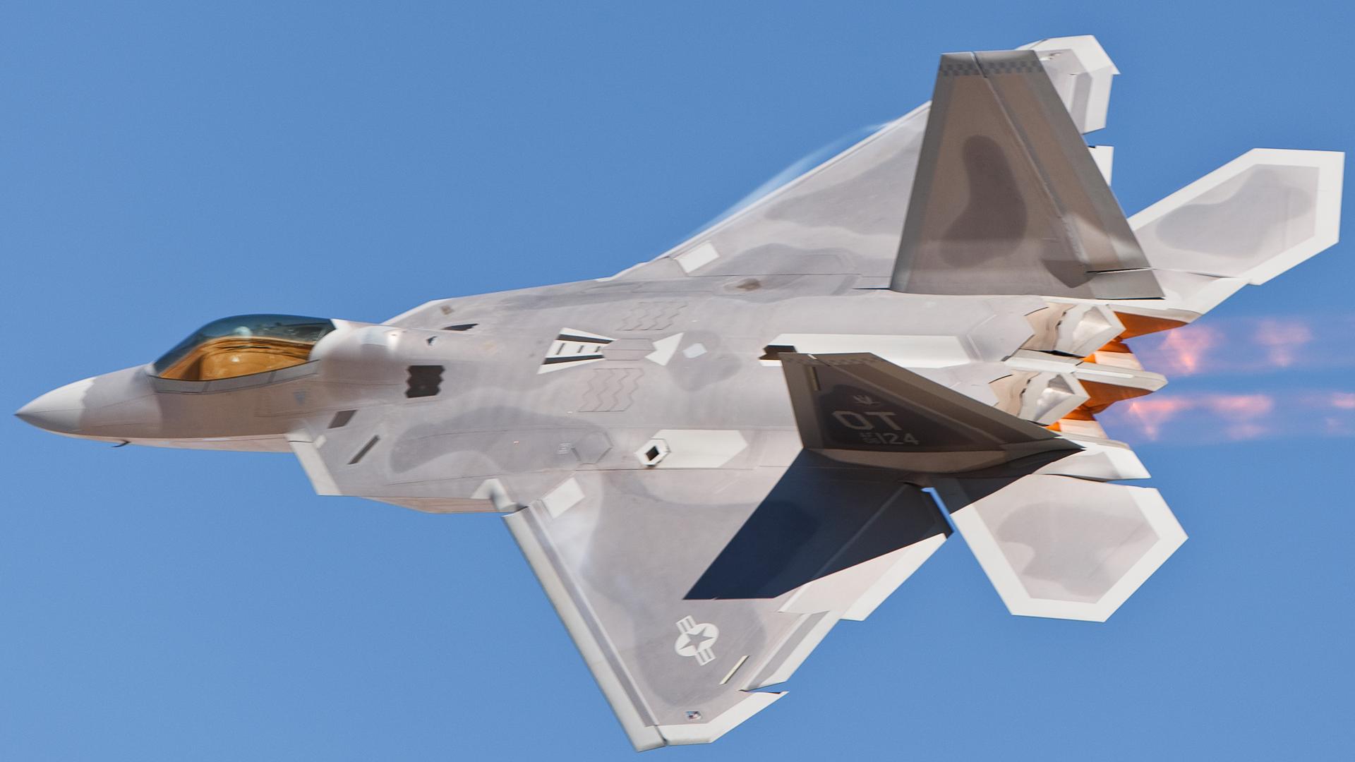 问题重重!美军F-22战机持续改进计划被迫推迟