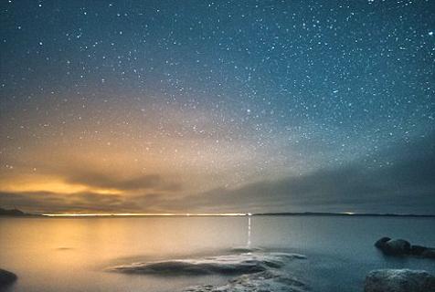 芬兰摄影师镜头下银河绝美动人心魄
