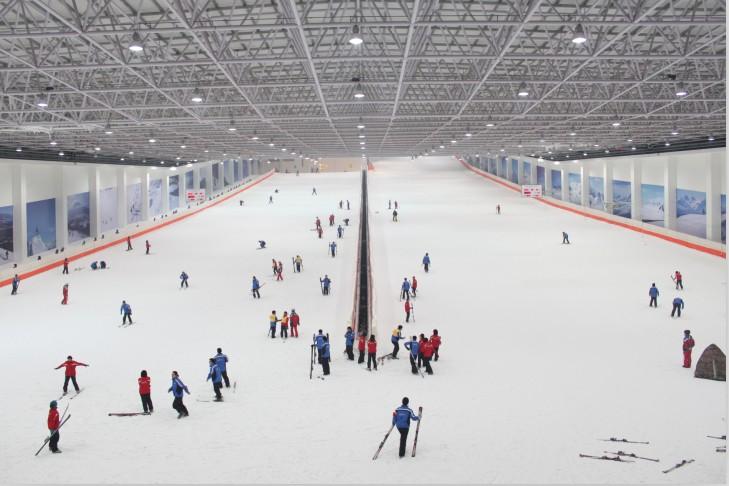 乔波室内滑雪场
