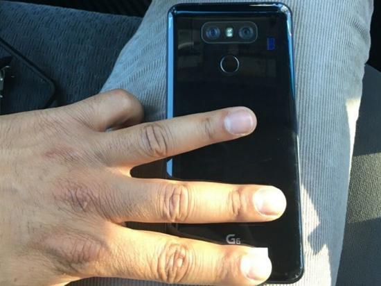 LG G6被曝将发布亮黑版本 还可无线充电