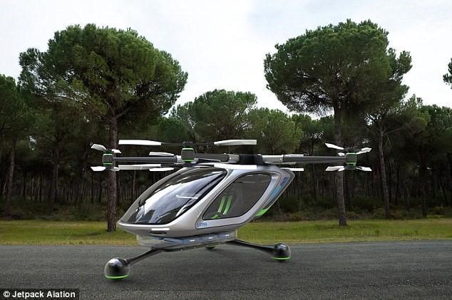 时速高达145km/h!要玩就玩能载人的电动飞机