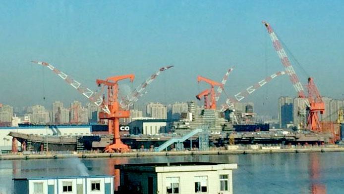 专家:我国航母需要更多母港应经常巡弋南海