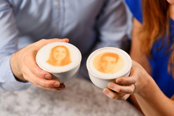 撩妹新招!伦敦咖啡馆推出3D打印人像咖啡约会活动