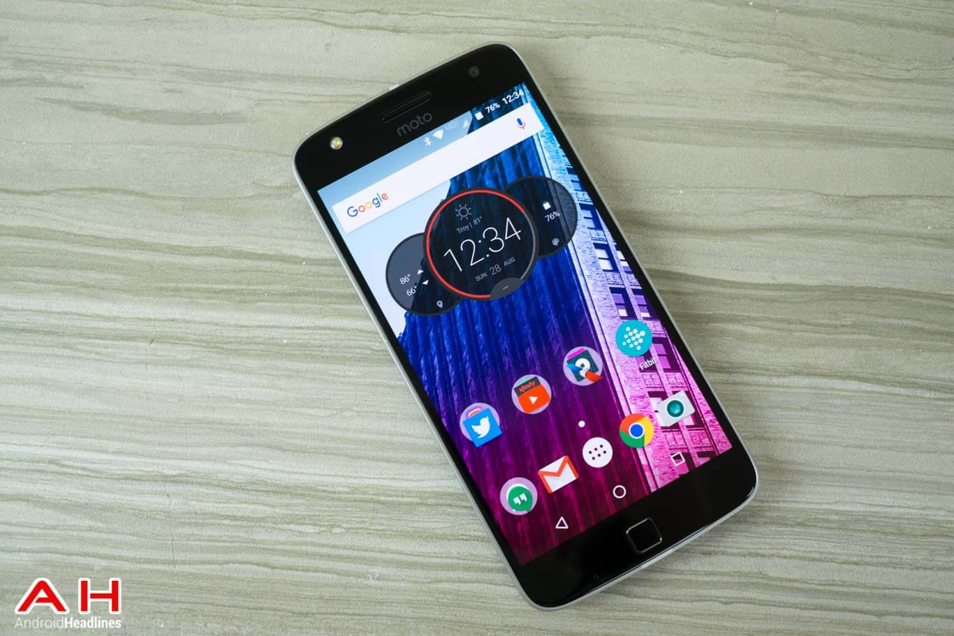 联想Moto Z Play系统更新 用户可升至安卓7.0