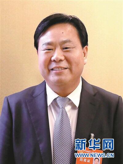 """睢宁县委书记""""两会""""力推""""电商致富"""""""