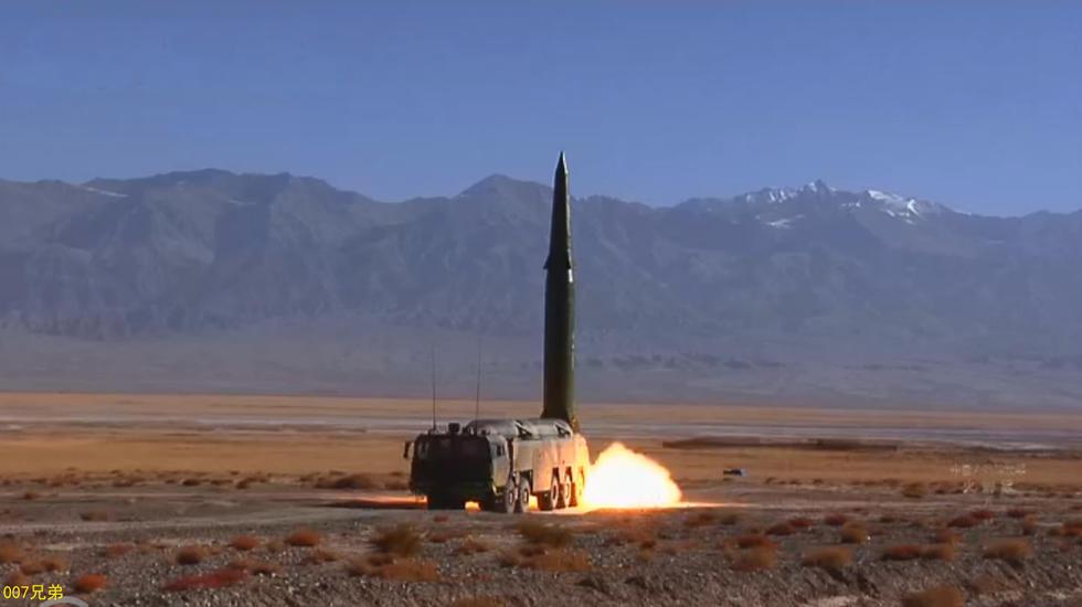 冲绳快递!中国东风16导弹精度极高堪比巡航导弹