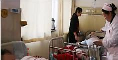 女子临产才知怀孕 到医院时宝宝已生出一条腿