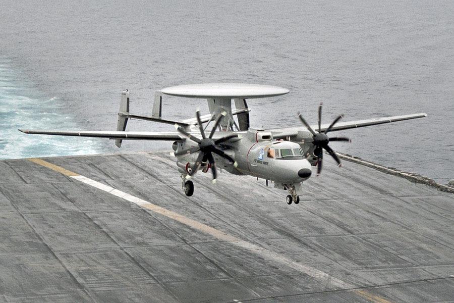 专家:发展舰载预警机能让国产航母战力比肩美军