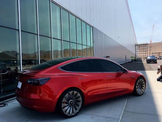 特斯拉本月试生产Model 3 目标7月正式投产