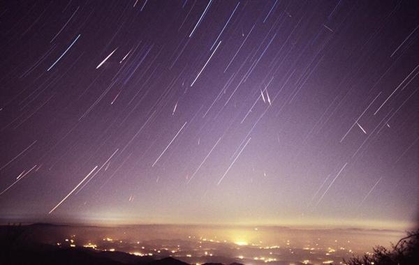 烟花OUT!日本要放世界首场人造彩色流星雨