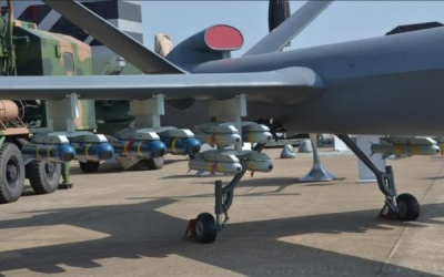 中国AR2导弹性能先进又便宜 让美国导弹还咋卖