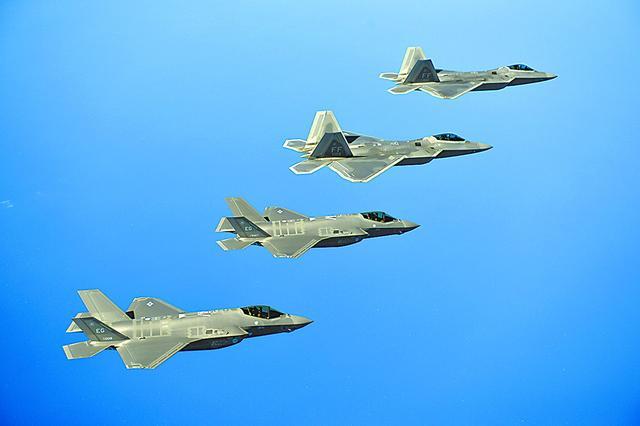 又想要钱?美空军高官称没准备好对抗中俄五代机