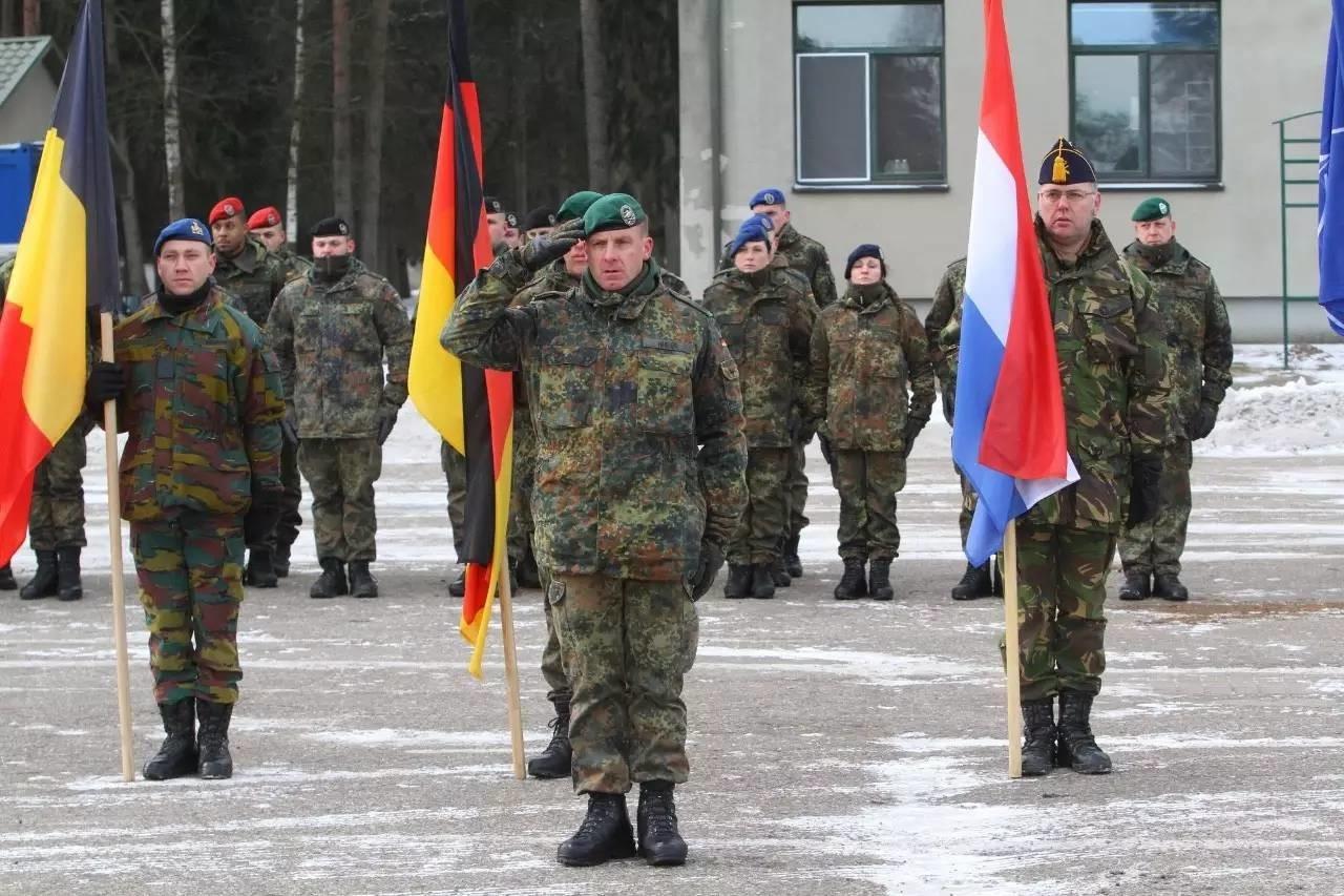 对峙丨二战后 俄罗斯首次在自家门口看到德军!