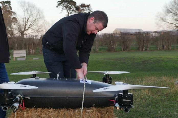 澳无人机时速超200千米 大型无人机竞赛来袭