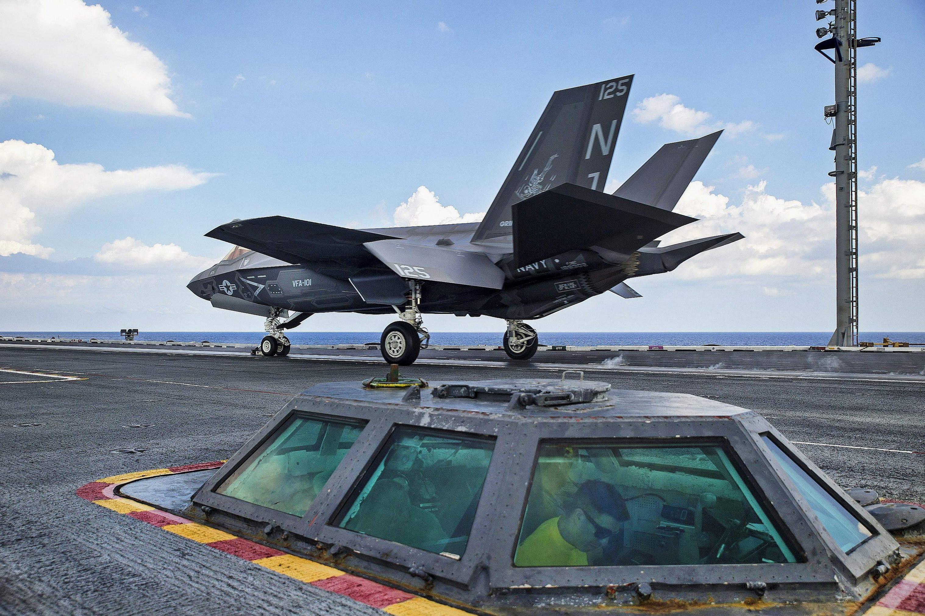 美智库力劝海军开发空优战机:确保能对抗歼20