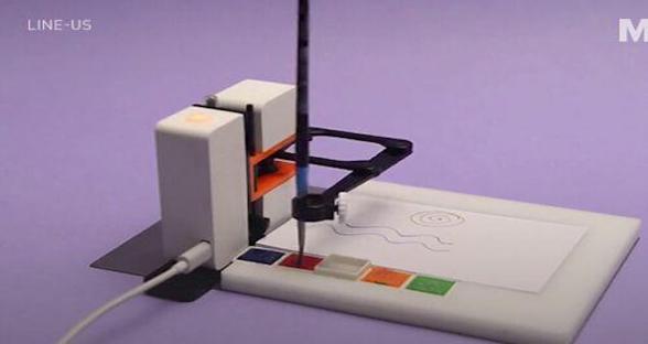 这个机器助手比画家还忙 能复制任何你画的东西