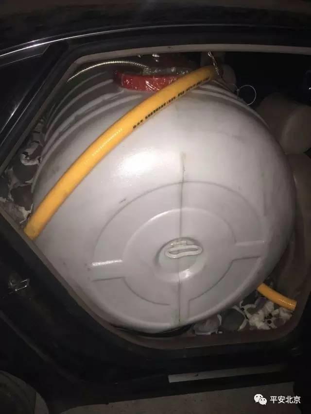 货车电瓶安装接线方法