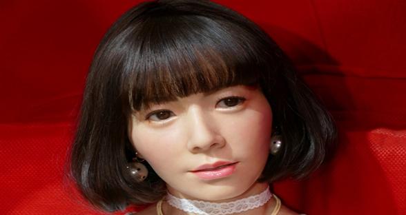 日本展示全新美女机器人 能对话还能自主学习
