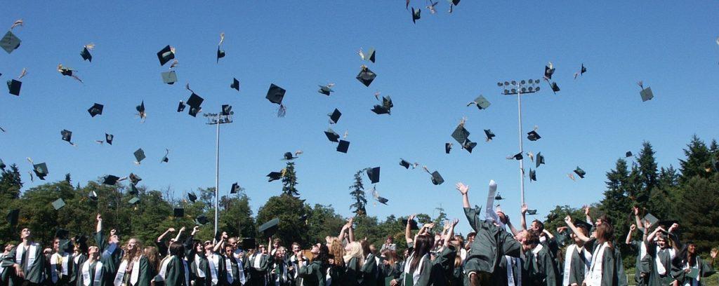 英媒盘点:五招帮助学生获得全额奖学金