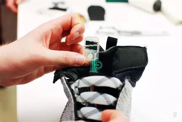 卖5000元的耐克智能跑鞋 拆开后是这样的