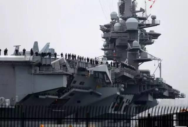 美国卡尔·文森核航母已进入南中国海