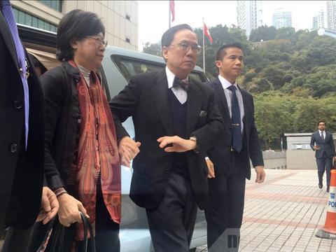 港媒:曾荫权罪名成立周三判刑 即时还押不准保释