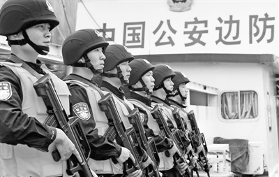 """""""刀尖""""上巡航湄公河:""""特招船长""""曾被枪顶头"""