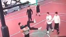 打篮球摔断脖子身亡 消息不实
