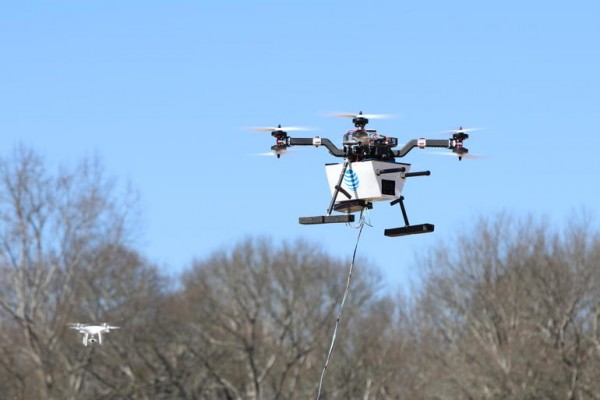 美国无线运营商AT&T测试无人机应急LTE网络基站系统