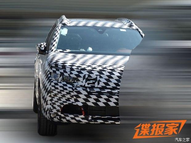 4008姊妹车 东风雪铁龙紧凑型SUV谍照
