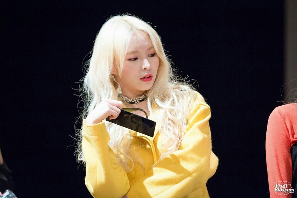 她是TVB演员却去韩当练习生,如今出道模样大