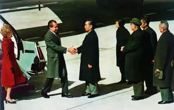 当年报道尼克松访华,美国为什么慢了一步?
