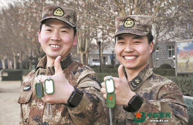 解放军多部队试用战场版保障卡 终于向外军看齐