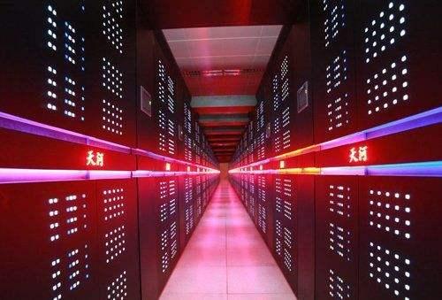 中国正在准备新超算 美将被挤出超算前三甲