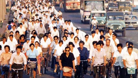 """美媒:中国想重回""""自行车王国""""可以不?"""