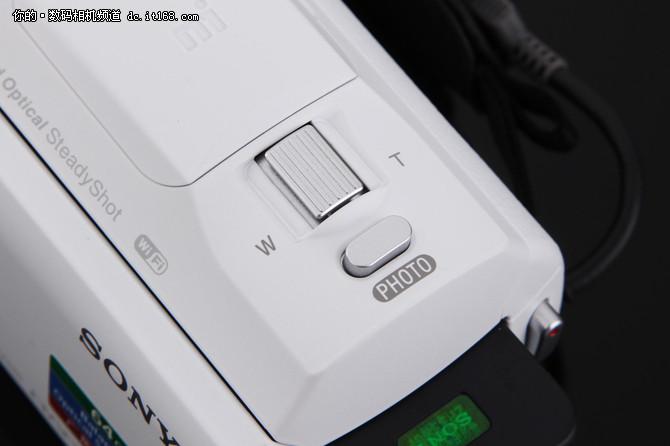 高颜值的DV相机 轻巧便携手感好