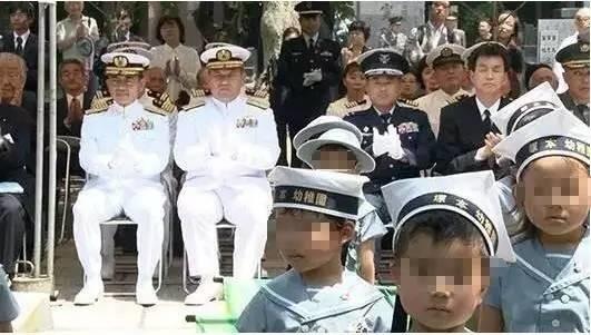"""挑衅?日本右翼幼儿园理事长道歉后又""""反水"""""""