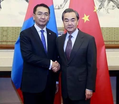 蒙古身陷困境砸锅卖铁债难还!中国与IMF鼎力相助