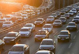 共享汽车搅动城市出行格局仍面临商业模式等方面检验